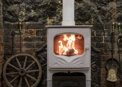 Charnwood-Bembridge-Woodburning-Stove-682x1024