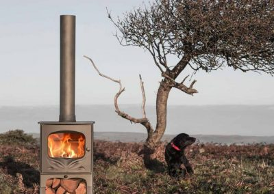Charnwood-Bembridge-Woodburning-Stove-outdoor-682x1024